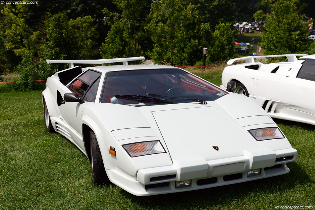 Auction results and sales data for 1988 Lamborghini Countach 5000 Quattrovalvole - conceptcarz.com