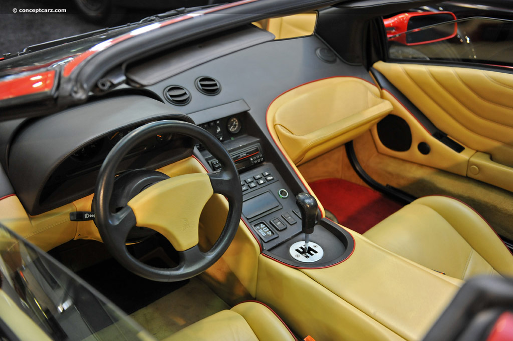 https://www.conceptcarz.com/images/Lamborghini/96-Lambo-Diablo-VT_DV_13-BHA_i05.jpg