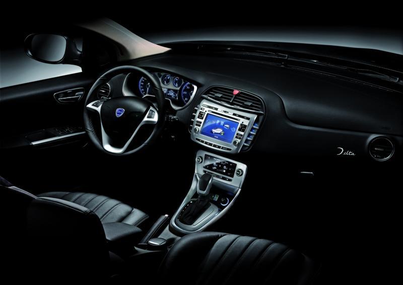 https://www.conceptcarz.com/images/Lancia/2009-Lancia-Delta-Image-i01-800.jpg