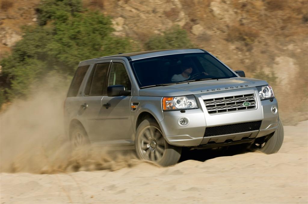 2010 Land Rover Lr2 News And Information Conceptcarz Com