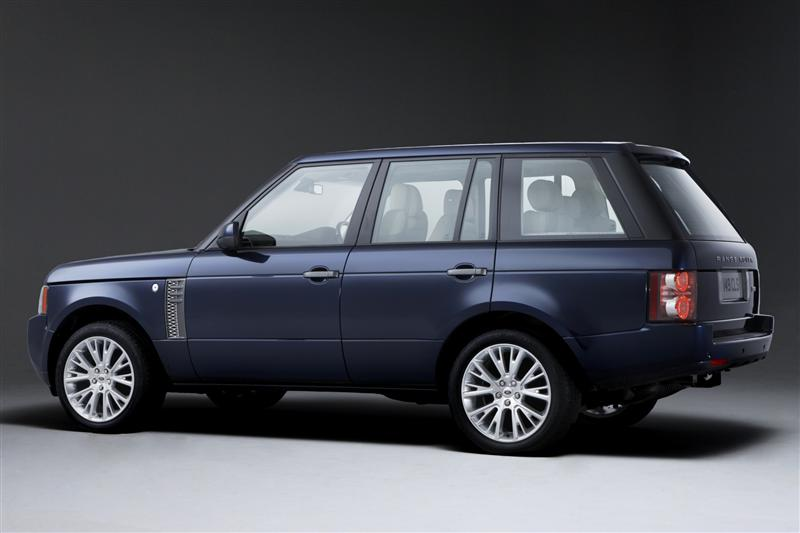 https://www.conceptcarz.com/images/Land%20Rover/2011-Land-Rover-Range-Rover-Image-01-800.jpg