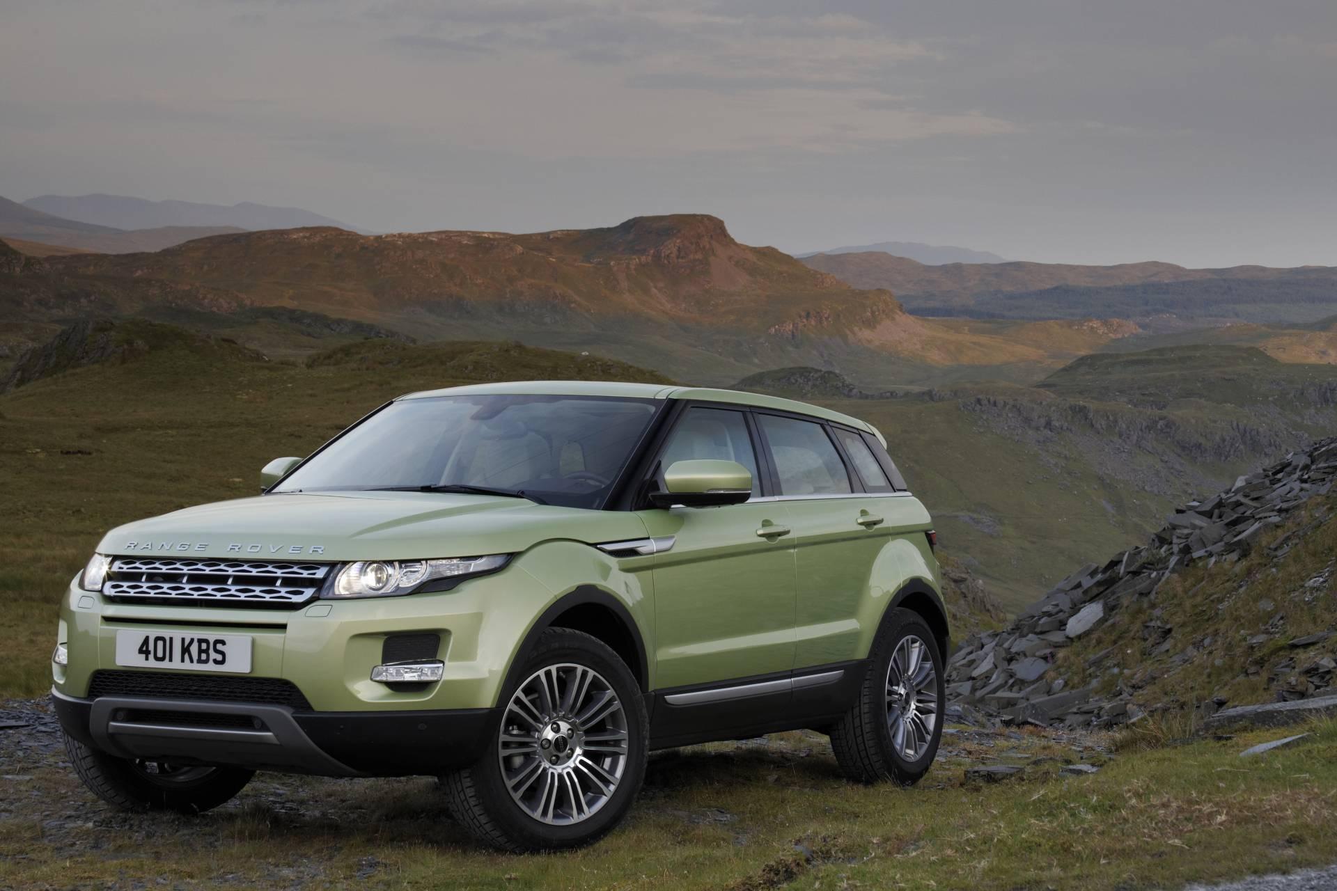 https://www.conceptcarz.com/images/Land%20Rover/2012-Land-Rover-Range-Rover-Evoque-01.jpg