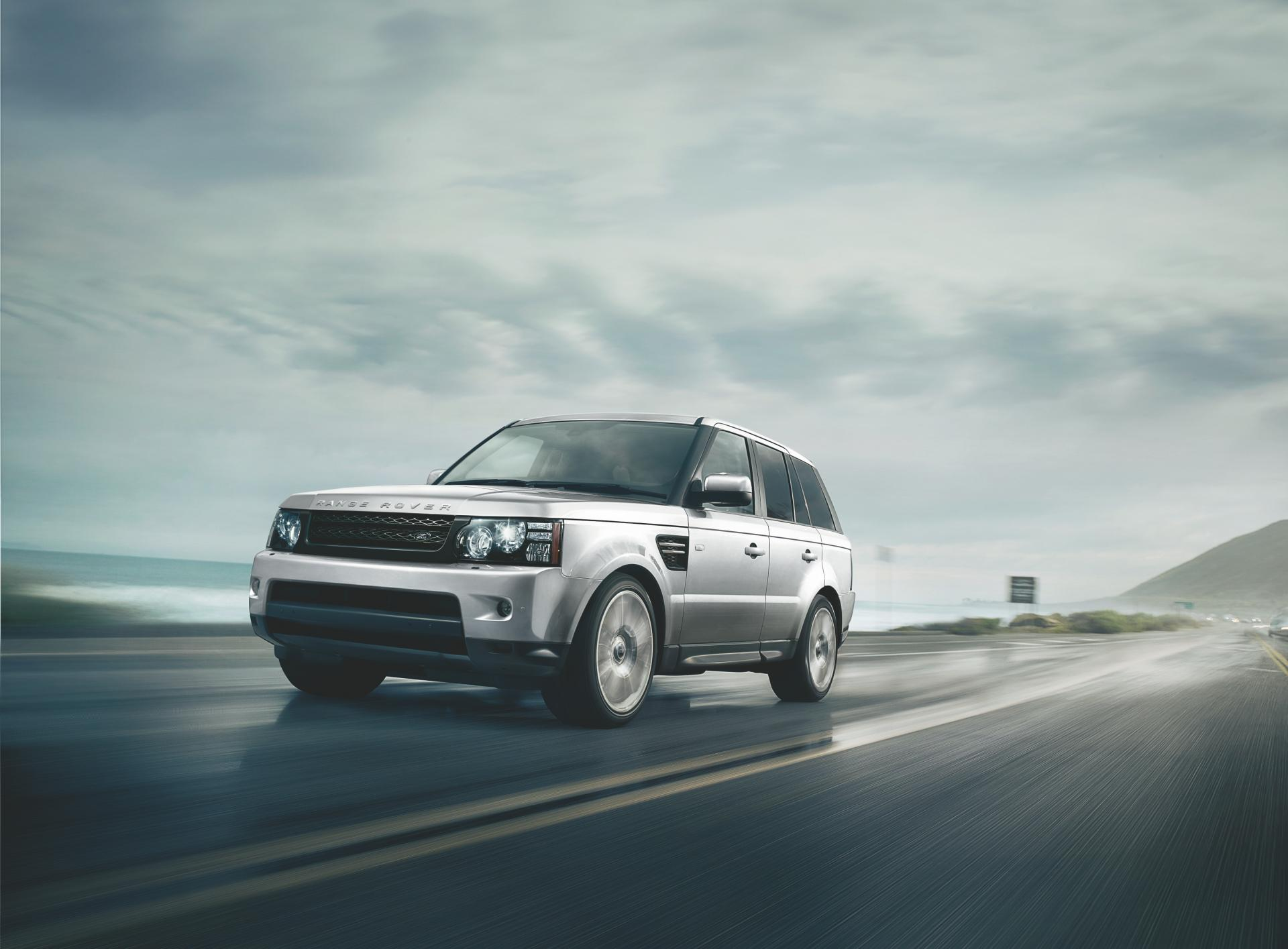 2013 Land Rover Range Rover Sport News and Information