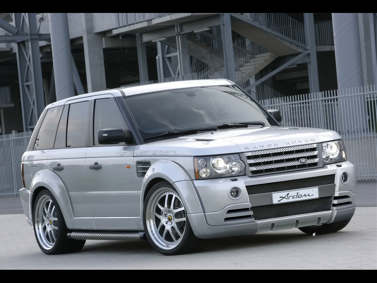 https://www.conceptcarz.com/images/Land%20Rover/Arden-Range-Rover-Sport-AR6-manu-01.jpg