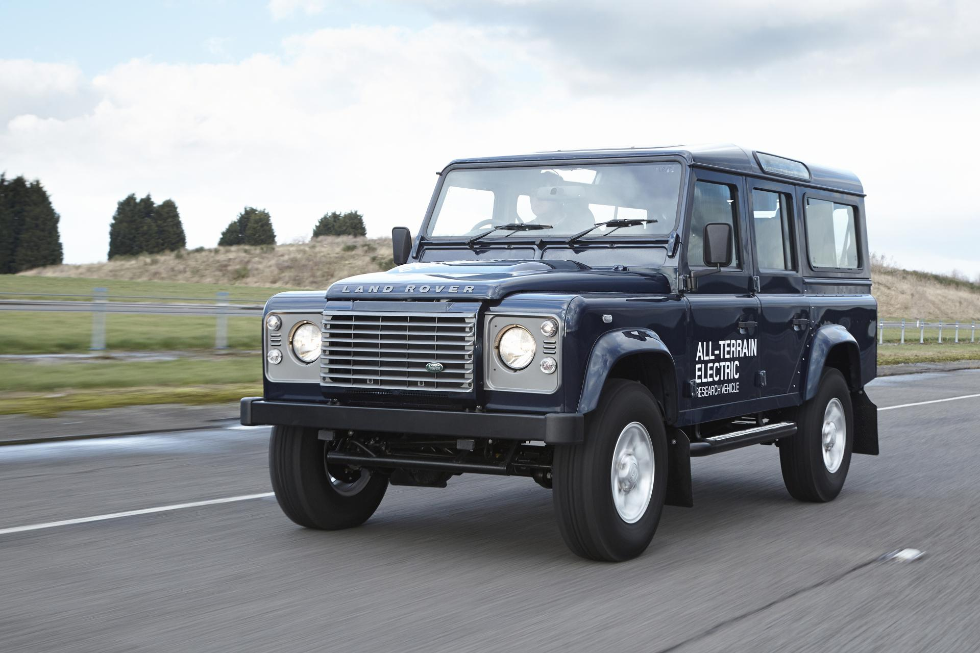 2013 Land Rover Rover Defender Electric Concept
