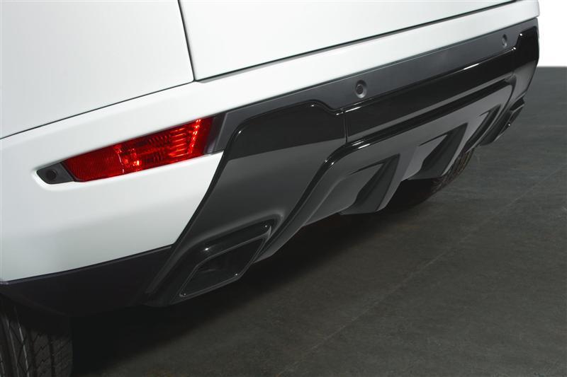 https://www.conceptcarz.com/images/Land%20Rover/Land-Rover-Evoque-Black-Design-06-800.jpg