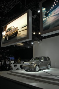 2010 Land Rover Discovery 4 image.