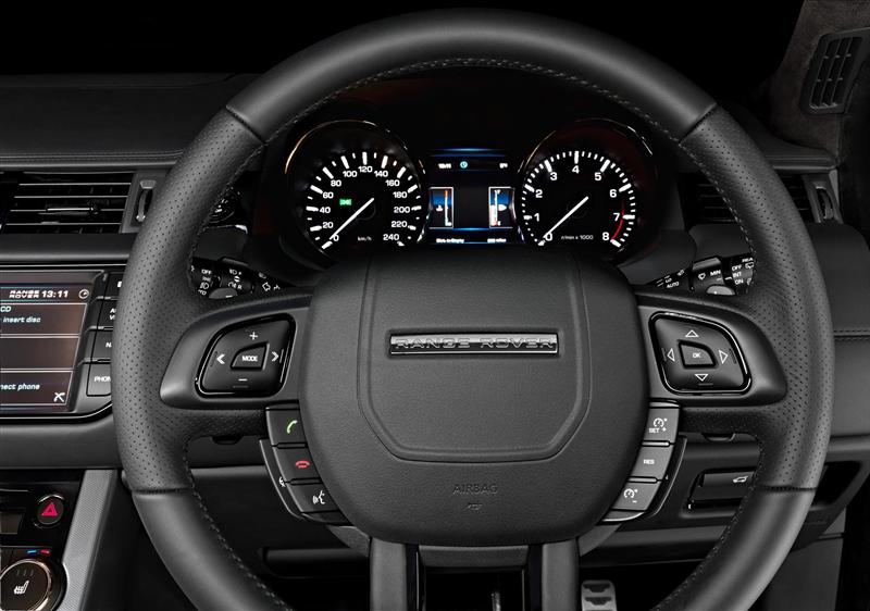 https://www.conceptcarz.com/images/Land%20Rover/Range-Rover-Evoque-SE_Victoria-i04-800.jpg