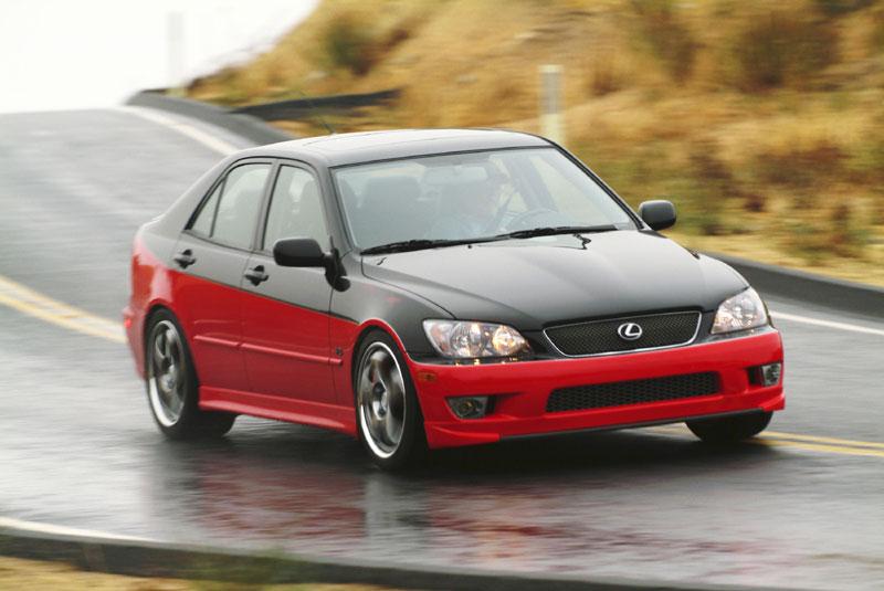 https://www.conceptcarz.com/images/Lexus/03LexusIS430_manu_011.jpg