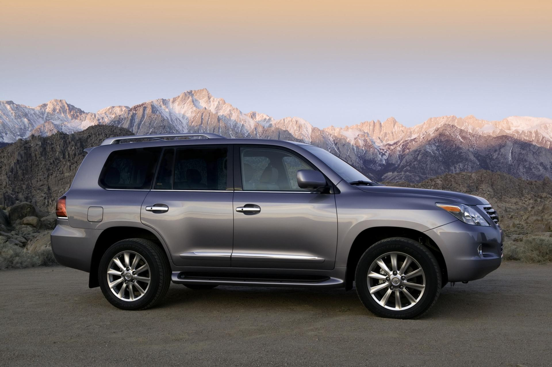 2010 lexus lx 570 news and information