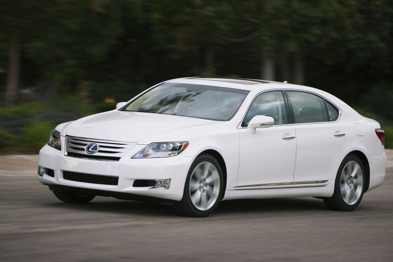 https://www.conceptcarz.com/images/Lexus/2011_Lexus-LS-600h_L_Sedan-Image-08-1280.jpg