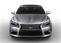 Lexus LS Monthly Vehicle Sales