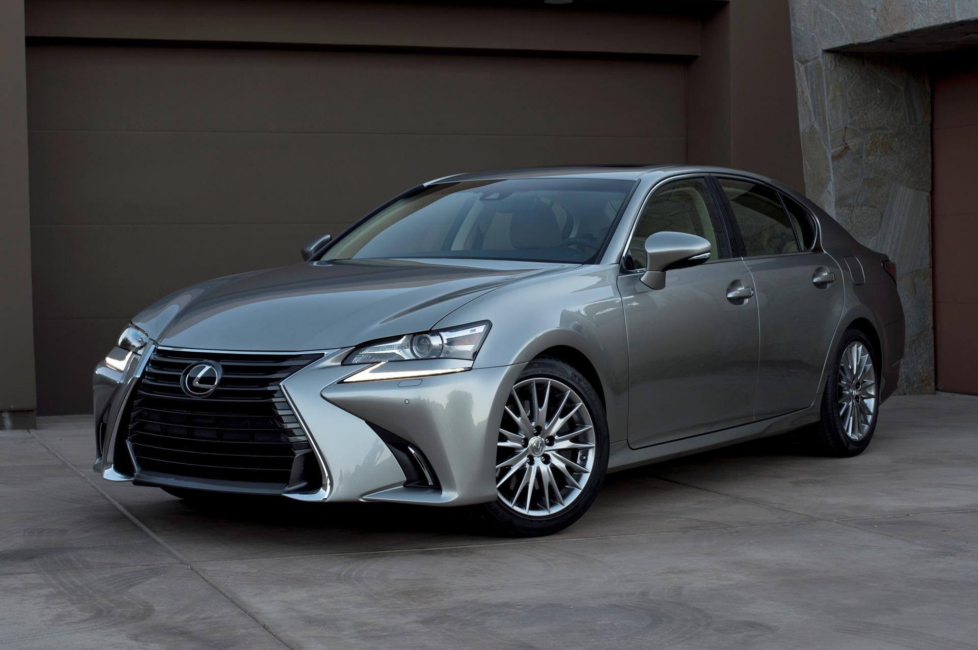 2016 Lexus GS 200t News and Information