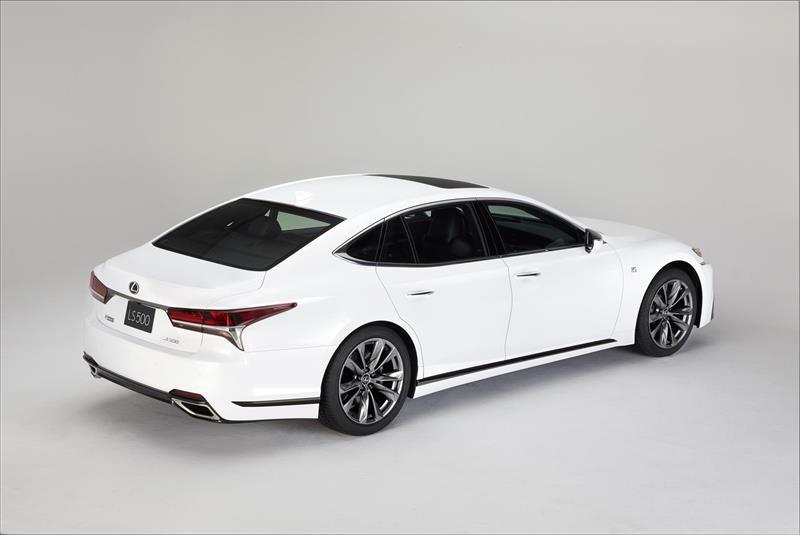 https://www.conceptcarz.com/images/Lexus/2018-Lexus-LS_500F_Sport-03-800.jpg