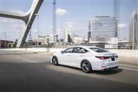 2014 Lexus ES 300h thumbnail image