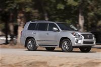 Lexus LX 570 Monthly Vehicle Sales