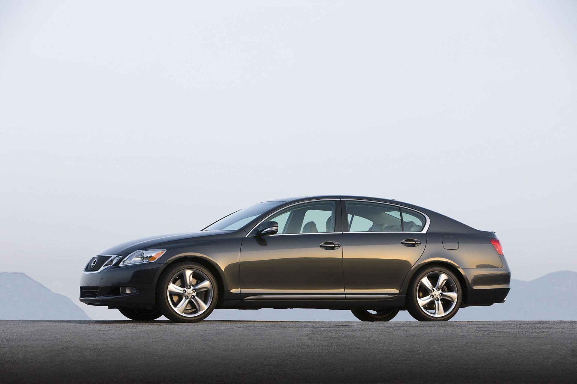 https://www.conceptcarz.com/images/Lexus/Lexus_GS350-2009-Image-01.jpg