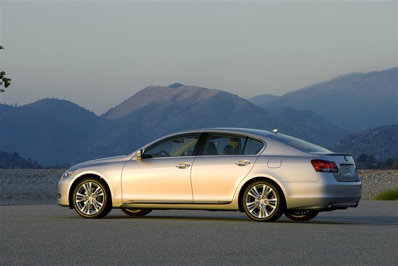 https://www.conceptcarz.com/images/Lexus/Lexus_GS450h_2009_image-06-800.jpg