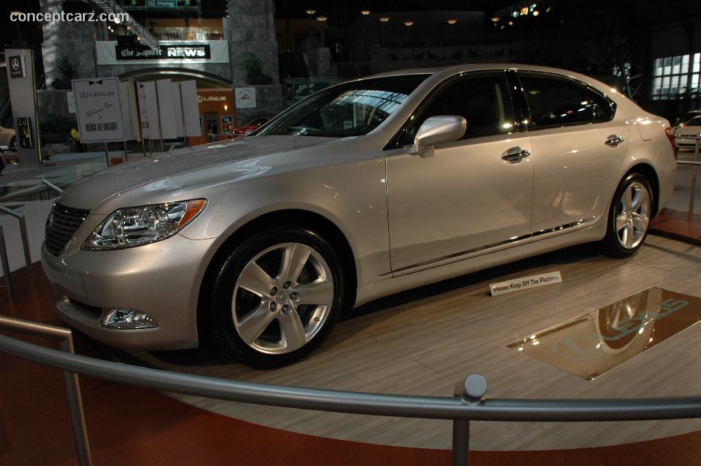 2006 Lexus LS Image. https://www.conceptcarz.com/images ...