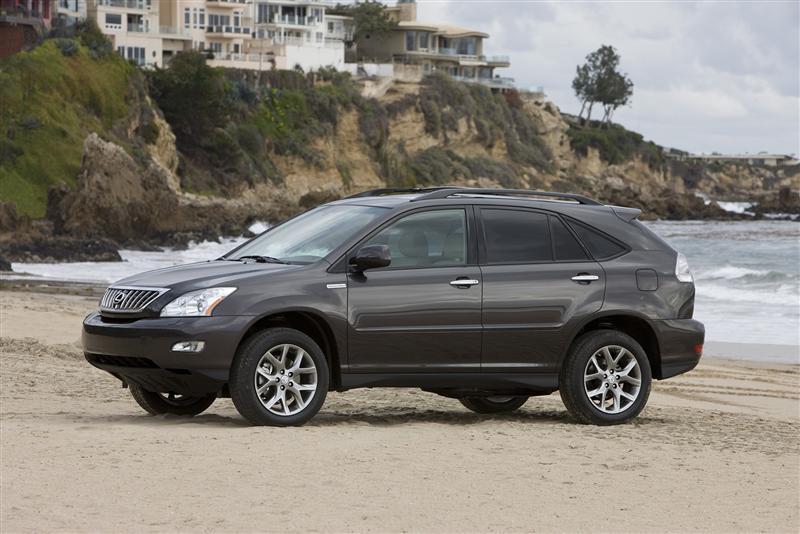 https://www.conceptcarz.com/images/Lexus/lexus-RX-350_2009_image-001-800.jpg