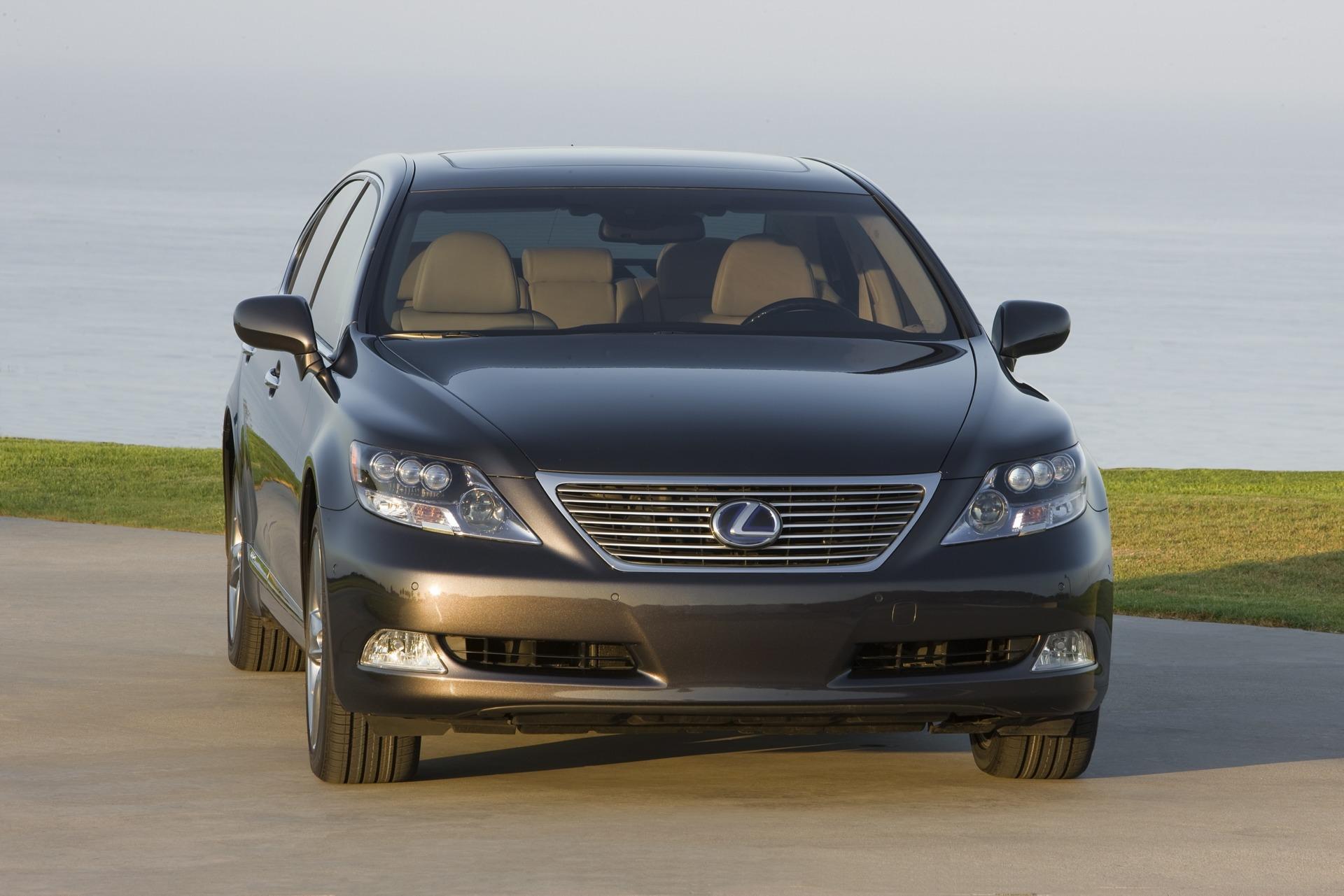 https://www.conceptcarz.com/images/Lexus/lexus_LS-600_2008_Pebble-Beach_01.jpg