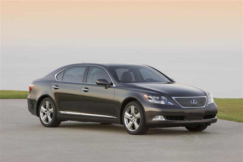 https://www.conceptcarz.com/images/Lexus/lexus_LS-600_2008_Pebble-Beach_02-800.jpg