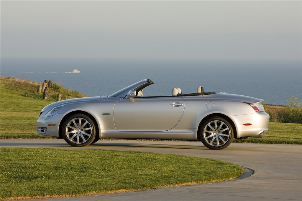 https://www.conceptcarz.com/images/Lexus/lexus_SC430-2009_PebbleBeach_07-1024.jpg