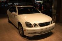 2003 Lexus GS image.
