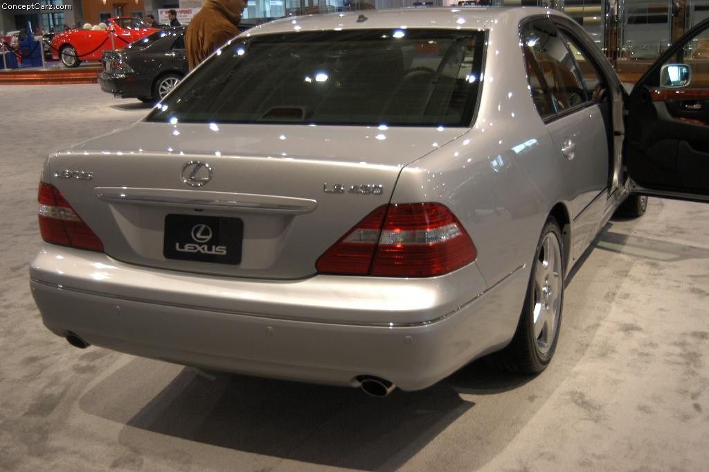 Cars By Us >> 2004 Lexus LS 430 Image. Photo 4 of 5