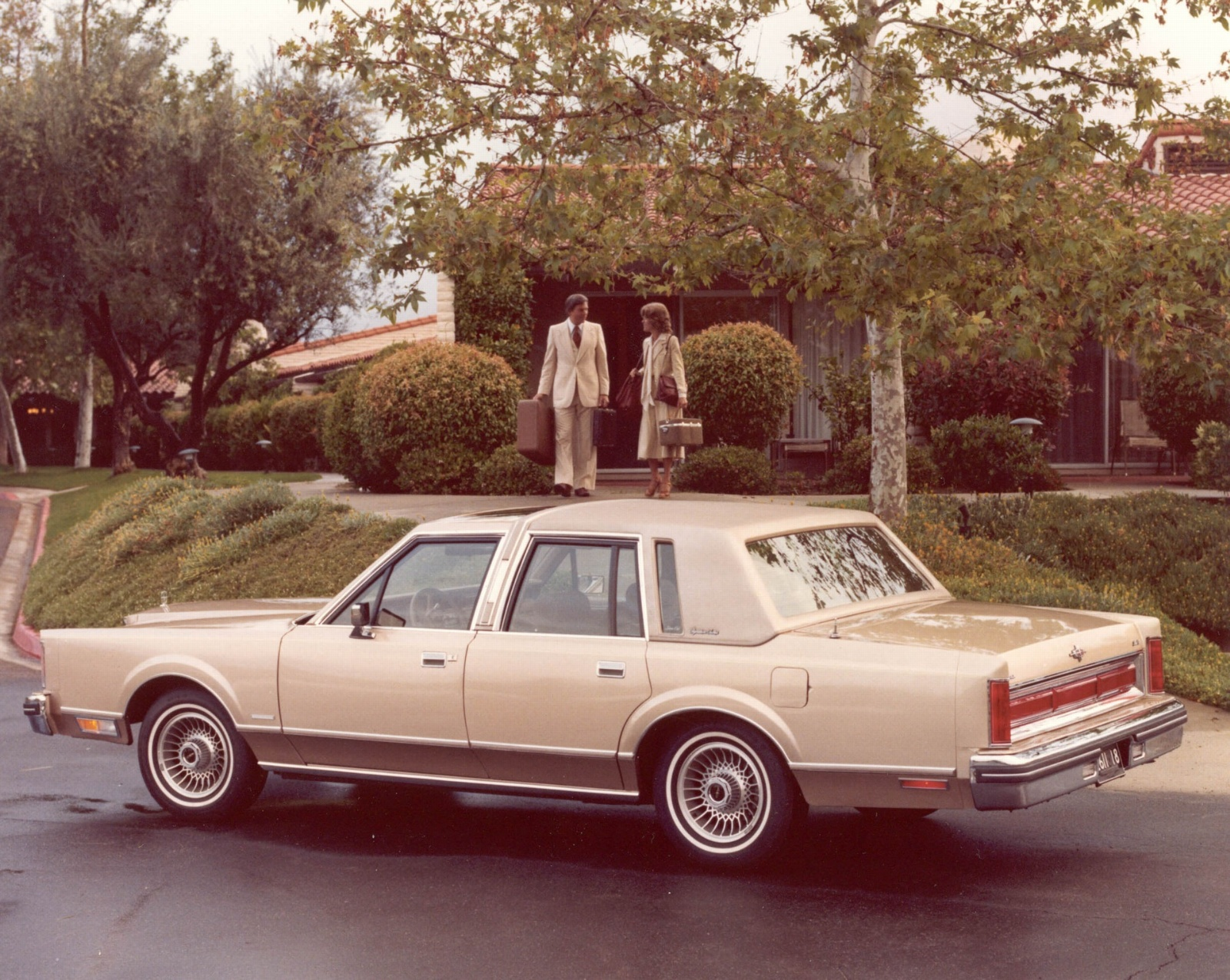 1981 Lincoln Town Car History, Pictures, Value, Auction Sales, Research and  News