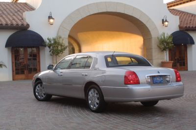2004 Lincoln Town Car Wallpaper And Image Gallery