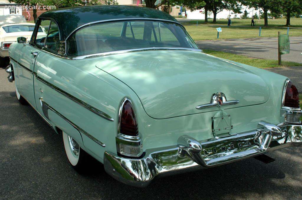 1954 Lincoln Capri Image Https Www Conceptcarz Com