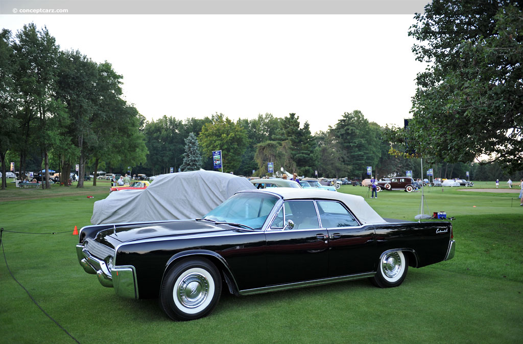1961 lincoln continental at the concours d 39 elegance of america at st john 39 s. Black Bedroom Furniture Sets. Home Design Ideas