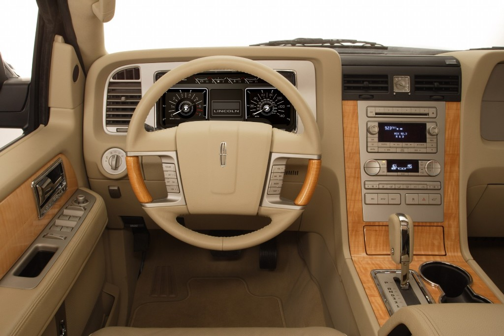 Auction Results and Sales Data for 2007 Lincoln Navigator