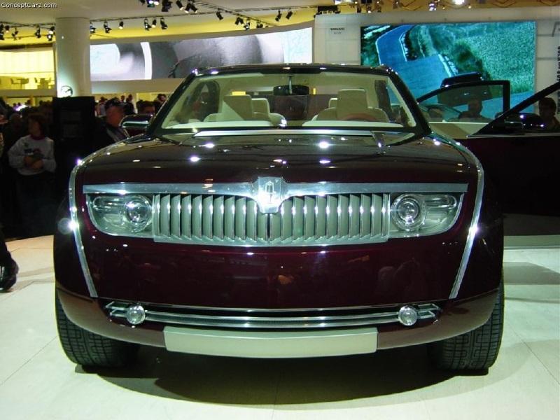 https://www.conceptcarz.com/images/Lincoln/buick_navicross_detroit_03_ac_06-800.jpg