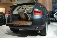 2004 Lincoln Aviator Concept image.