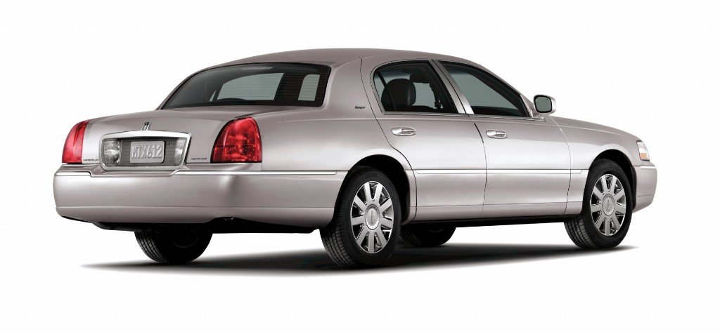 2007 Lincoln Town Car Pictures History Value Research