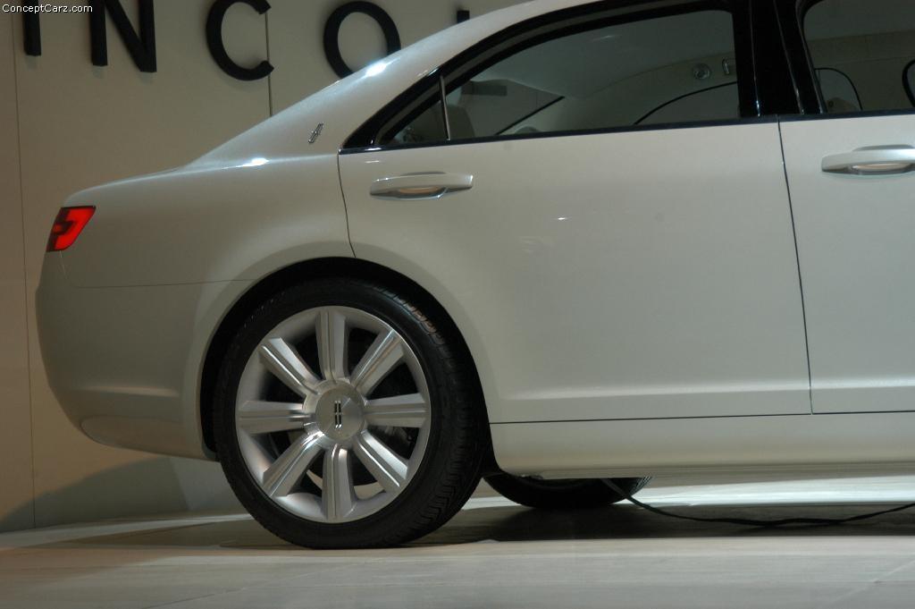 2005 Lincoln Zephyr