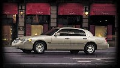 1999 Lincoln Town Car image.