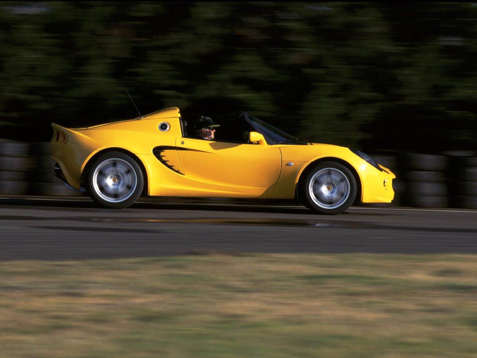https://www.conceptcarz.com/images/Lotus/2005_lotus_elise_yellow_concept_02.jpg