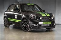 2013 MINI Countryman JCW ALL4 Dakar image.