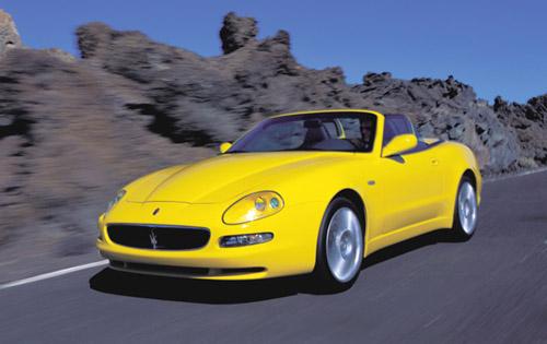 https://www.conceptcarz.com/images/Maserati/2005_maserati-spyder_manu-03.jpg