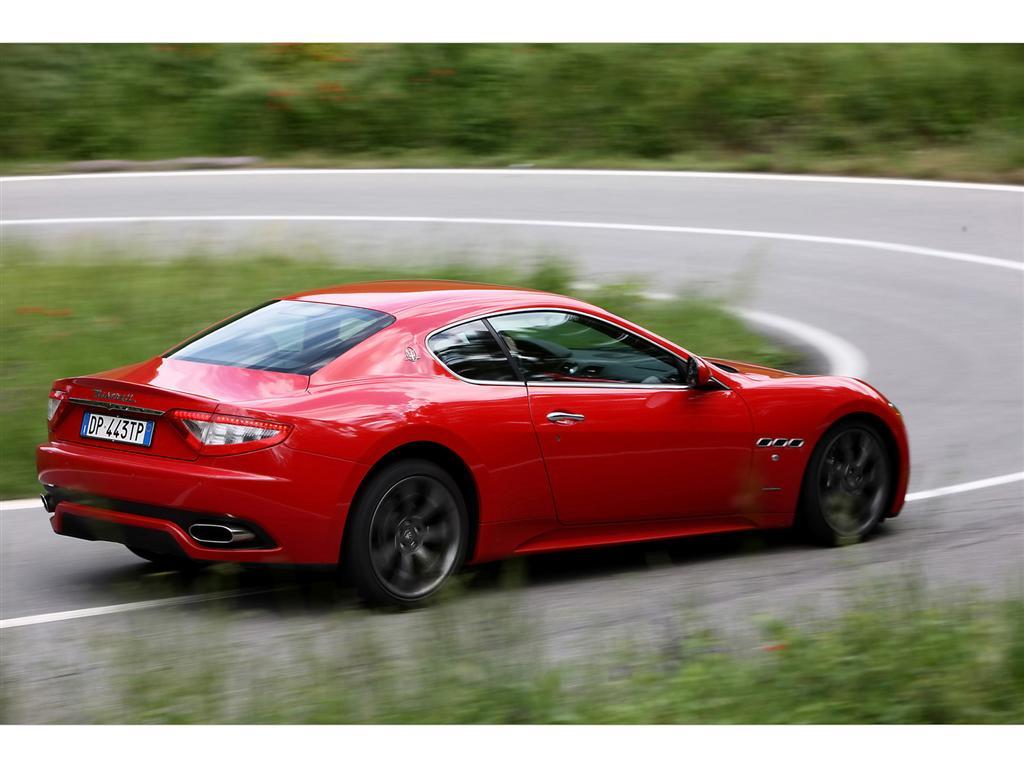 https://www.conceptcarz.com/images/Maserati/2008-Maserati-Gran-Turismo-S-Image-016-1024.jpg