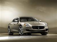 Popular 2013 Maserati Quattroporte Wallpaper