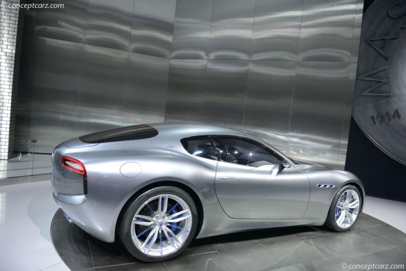 https://www.conceptcarz.com/images/Maserati/Maserati-Alfieri-DV-15-DAS-08-800.jpg