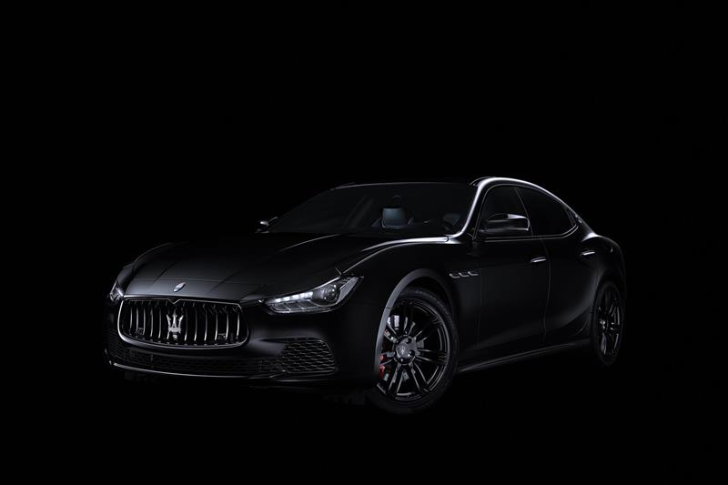 2017 Maserati Ghibli Nerissimo Edition pictures and wallpaper