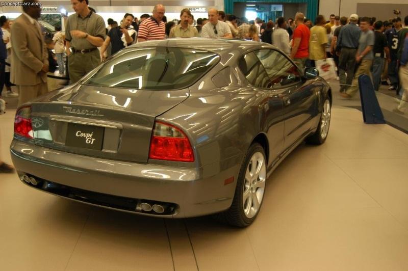 https://www.conceptcarz.com/images/Maserati/maserati_coupe_la_02-800.jpg