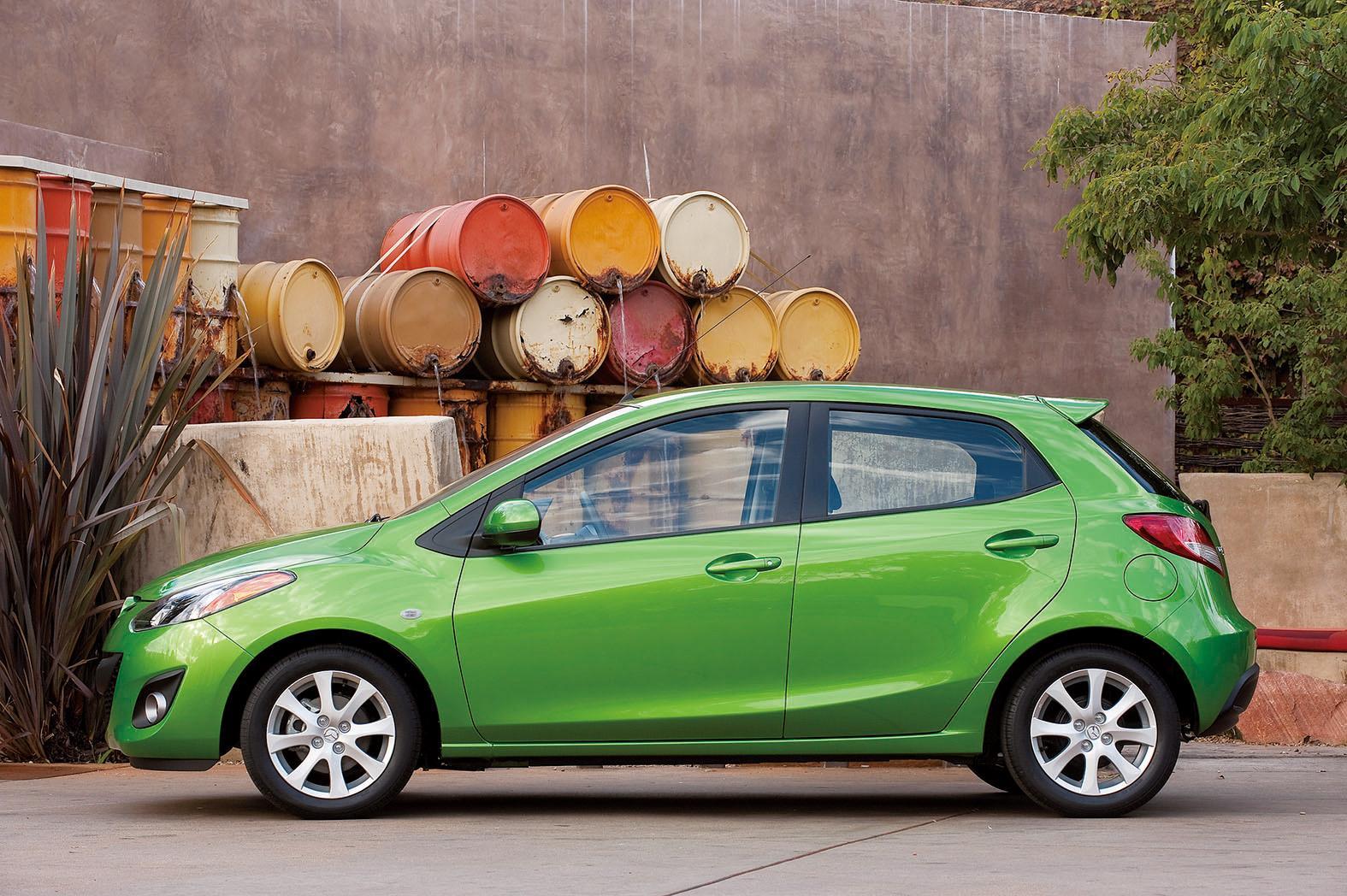 Kelebihan Kekurangan Mazda 2 2011 Review