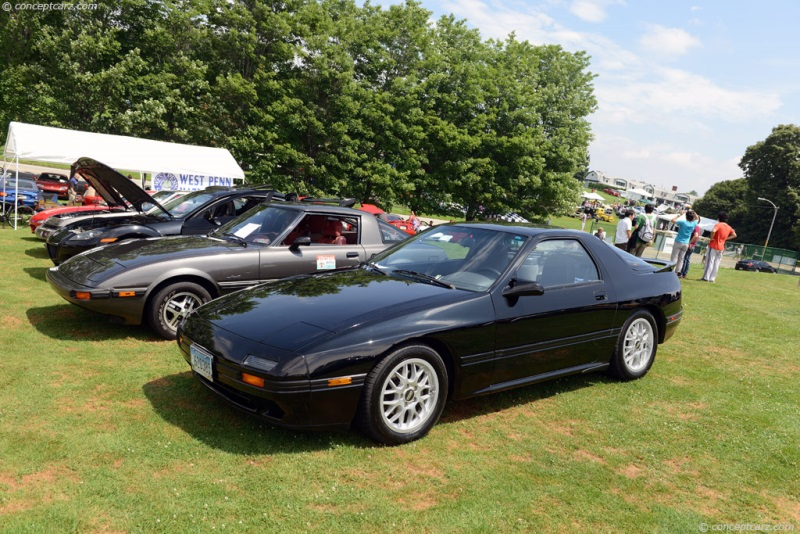1988 mazda rx 7 at the pittsburgh vintage grand prix. Black Bedroom Furniture Sets. Home Design Ideas