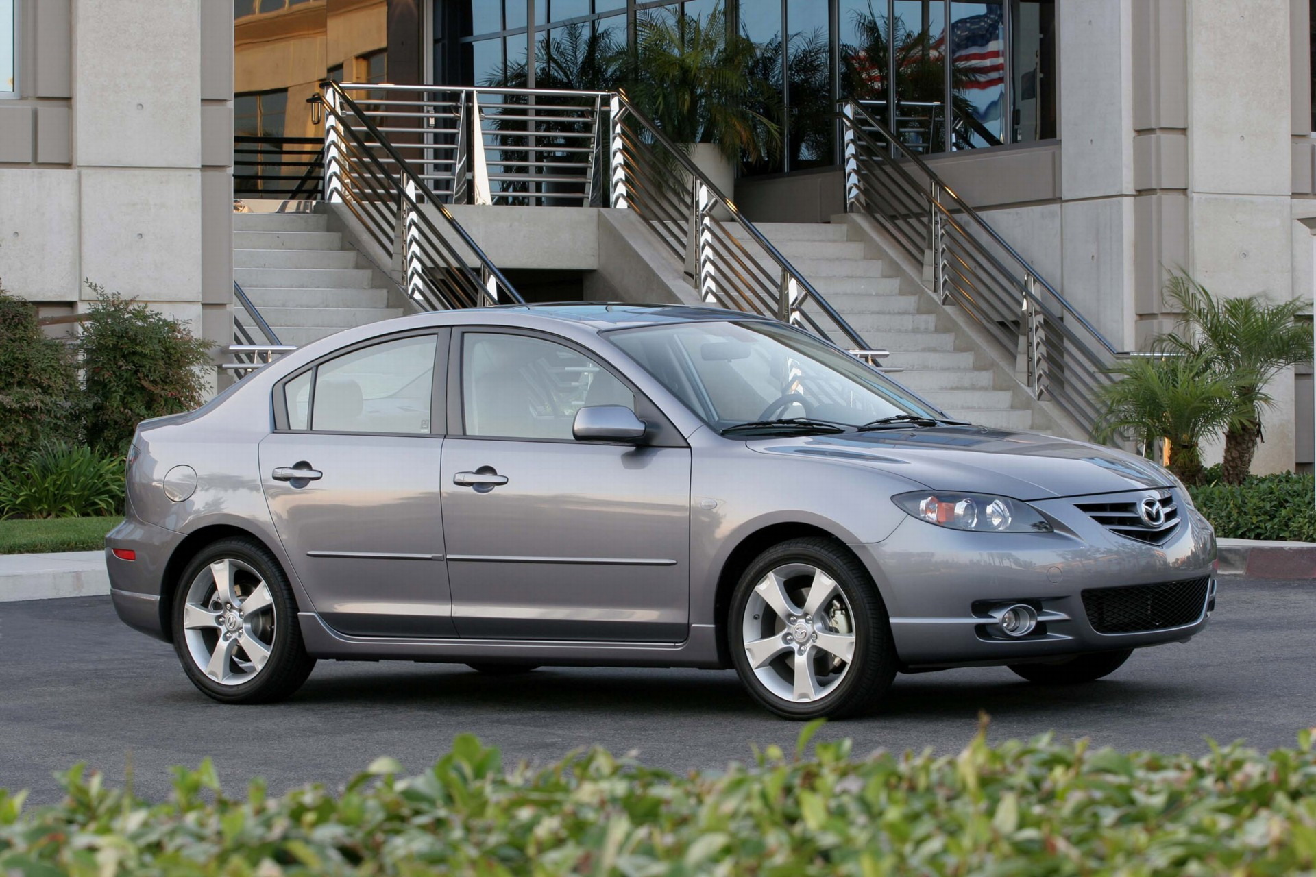 2007 mazda 3 pictures, history, value, research, news